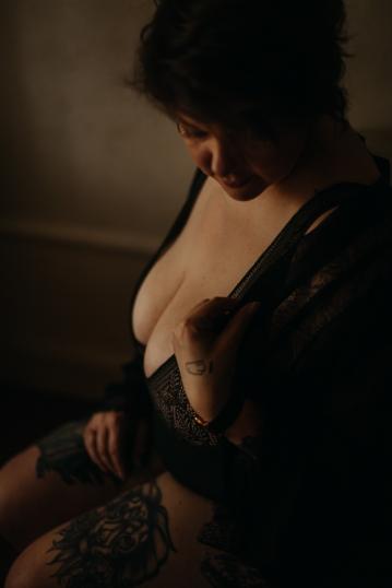 femme-sensuelle-lyon